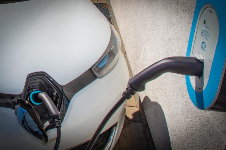 Elektromobilität: NRW fährt vor – jetzt auch auf Xing und LinkedIn