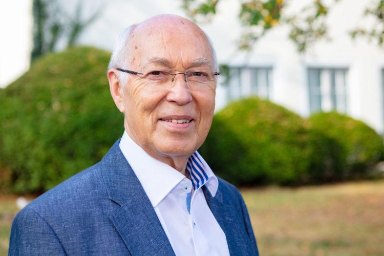 Textilreiniger-Innung: Ehrenobermeister Klaus Ruhe wird 80